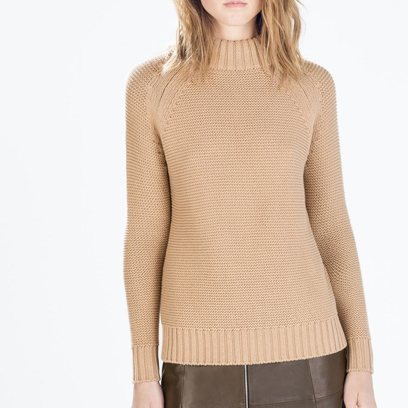 c3c5c5ec50 LAST ONE-GORGEOUS GOLDEN WHEAT COLOURED SWEATER